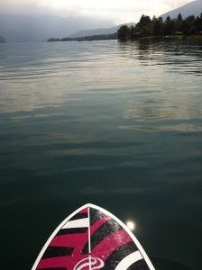 stand up paddle en septembre sur le lac d'Annecy