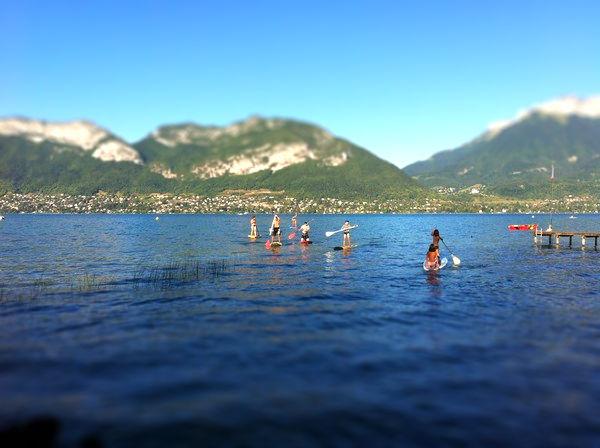 beau-temps-lac-annecy-tiltshift