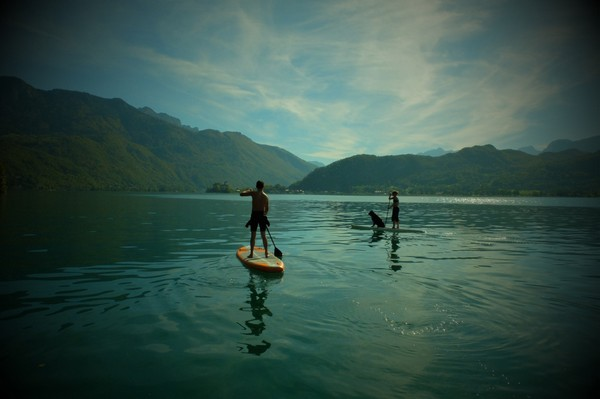 balade sur le lac d'Annecy en paddle