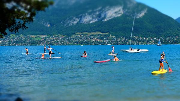 vacances été lac d'annecy stand up paddle